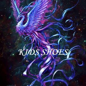 KIDS SHOE COLLECION